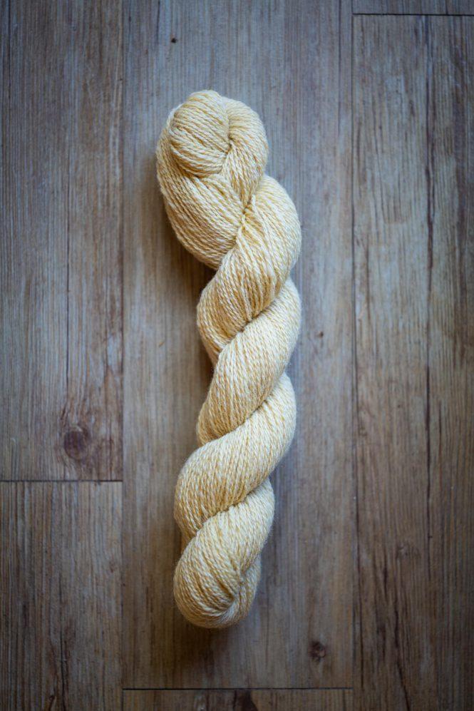 Laine à tricoter Réséda en écheveau