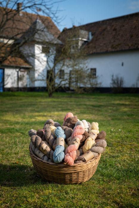 Catégorie des laines à tricoter